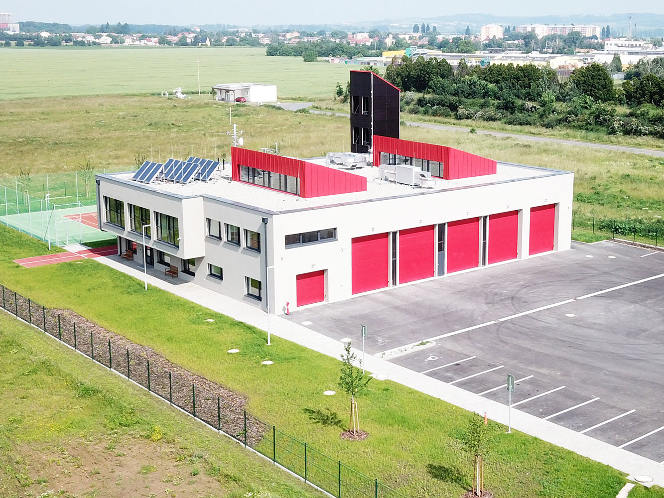 The first fire station of the Czech Republic in a passive standard built in the Zlín Region