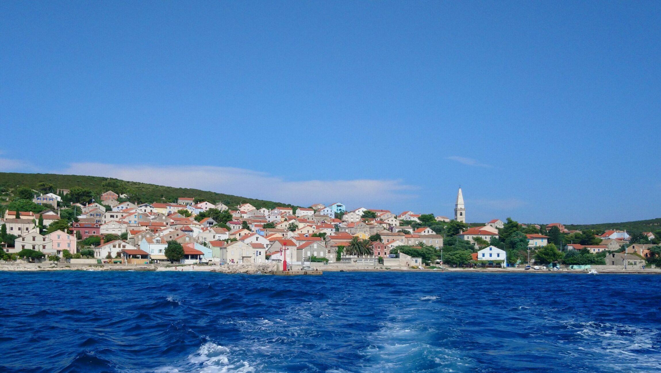 Turning Unije (Croatia) into an energy independent island