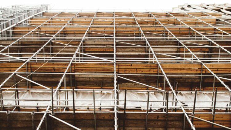 The first scaffolding in the neighbourhoods